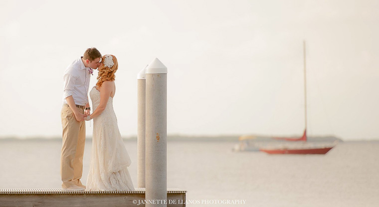 Natural, Simple Beach wedding in Florida
