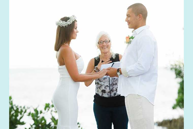 wedding officiant in Florida Keys, ceremonies by Kat
