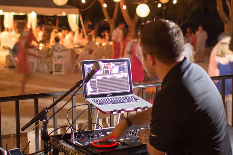 Wedding Djs Florida Keys Dj Bands Live Music Key Largo Lighthouse Beach Weddings