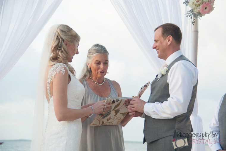 wedding officiant Florida Keys wedding ceremonies by Lisa