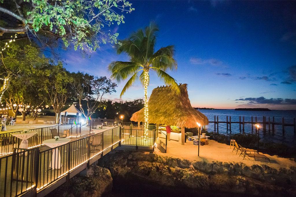 Tiki bar, Florida wedding reception