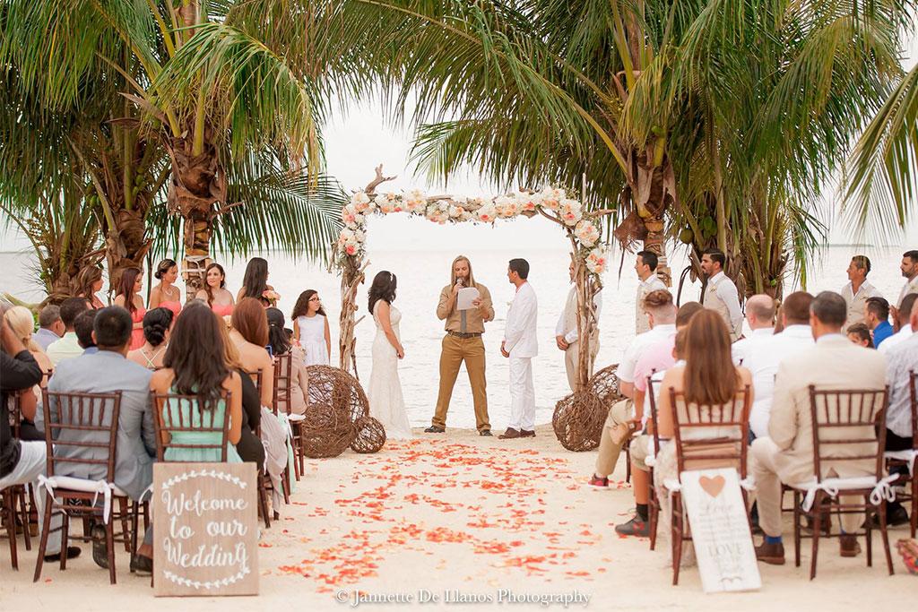 Romantic destination wedding venues in Florida Keys