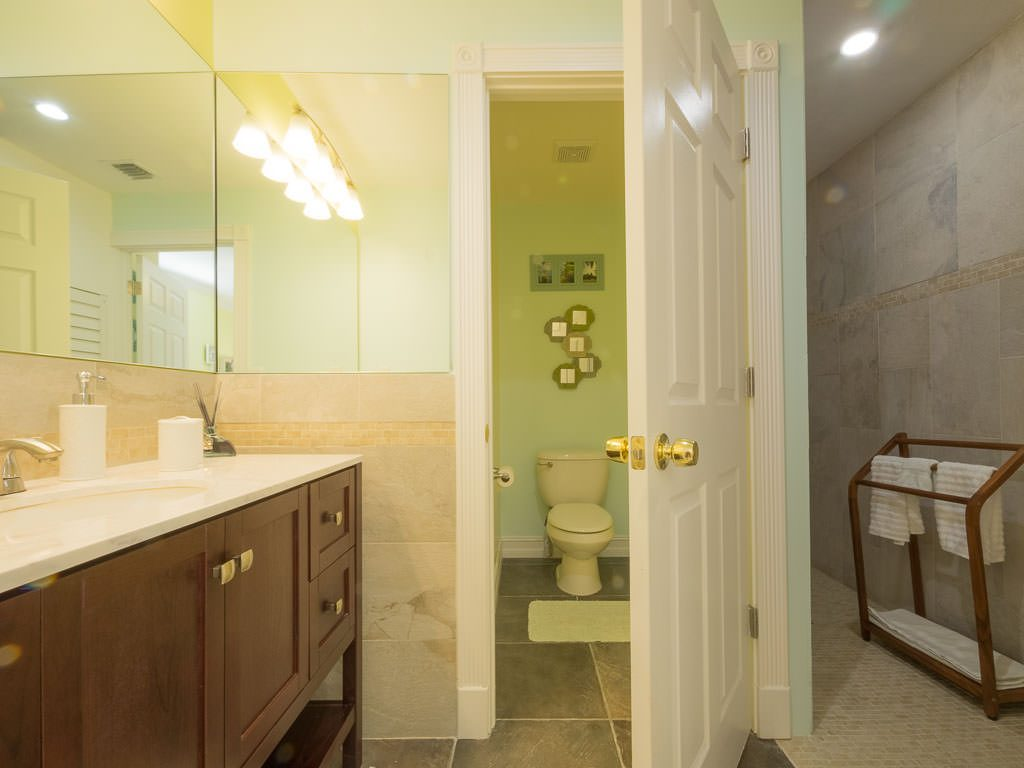 Master bathroom, Florida Keys wedding accommodations