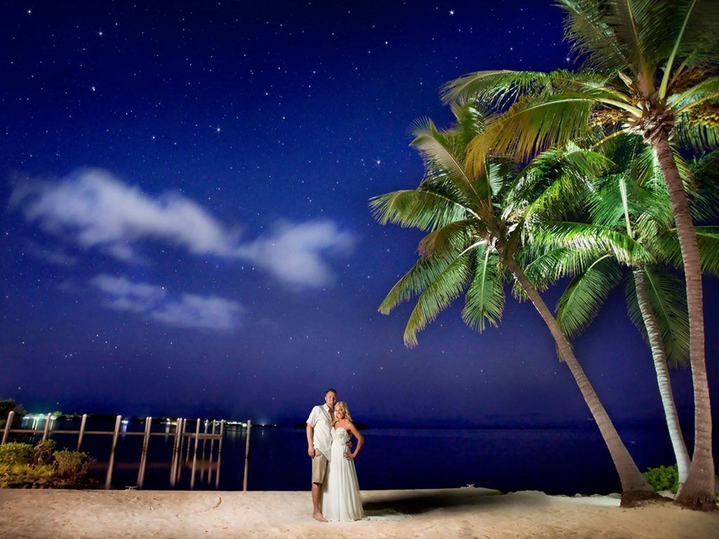 Top Florida wedding destinations Key Largo Lighthouse