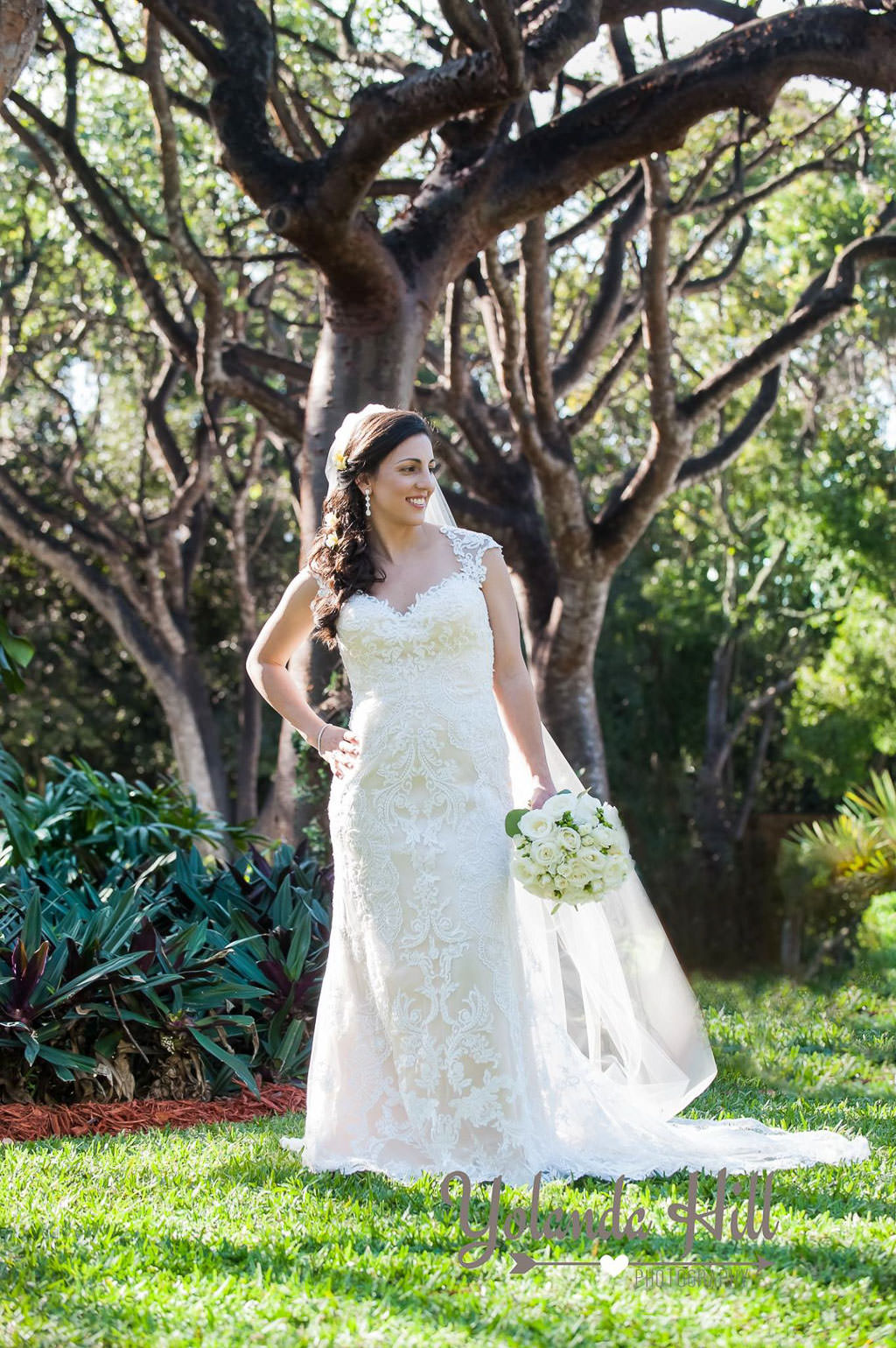 Brides-wedding-dress-172
