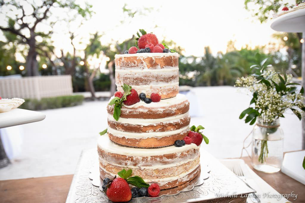 beach-wedding-cakes-110