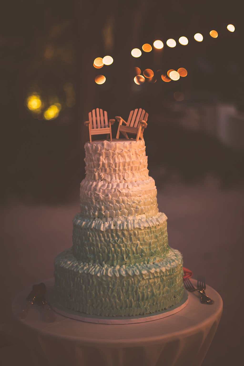 beach-wedding-cakes-97