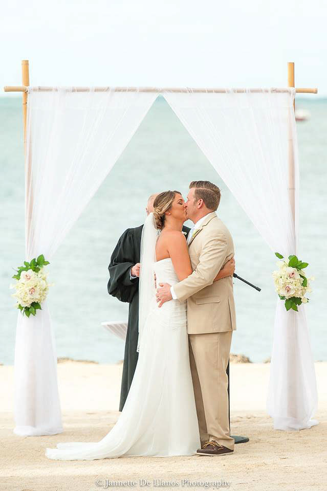 destination-wedding-ceremony-395