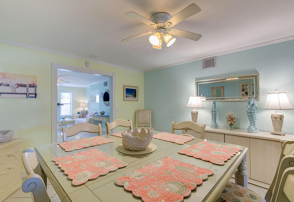 coral-beach-house-17